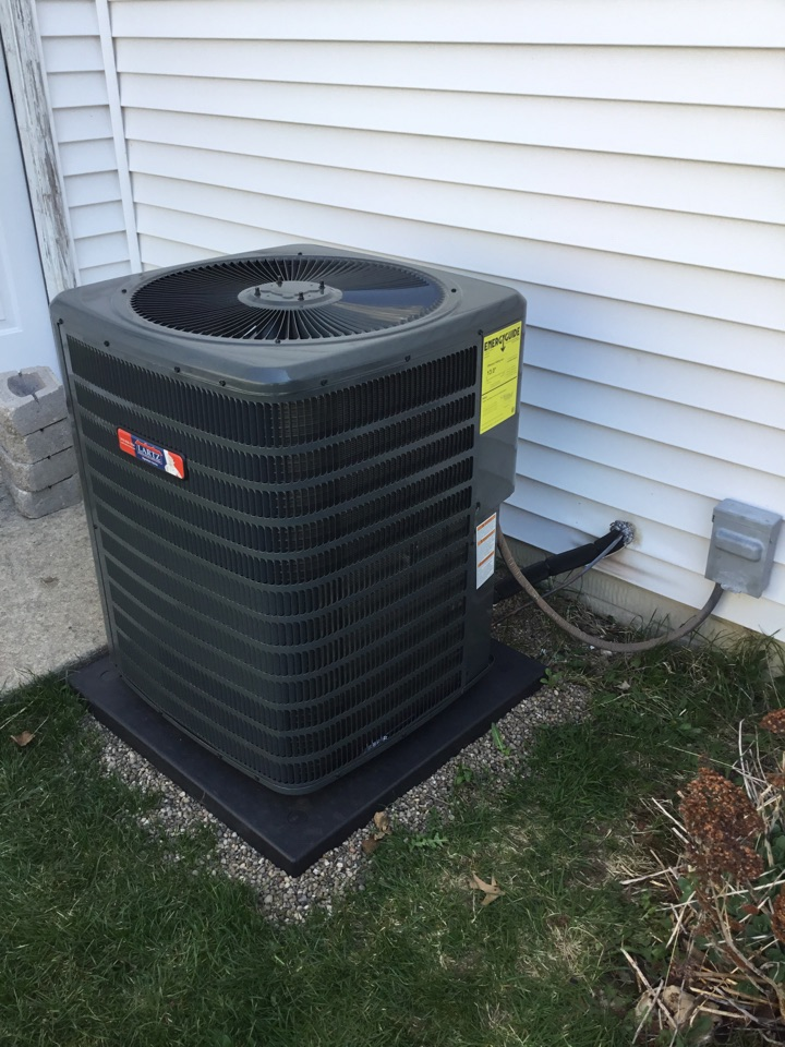 Bloomington, IL - Startup on this Lartz Signature Series AC before warmer weather arrives.