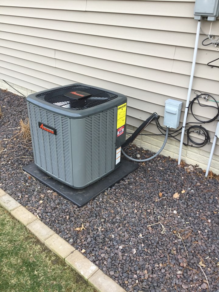 Normal, IL - Startup on an Amana air conditioner that was installed last winter.