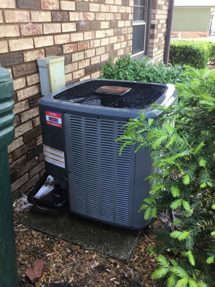 Normal, IL - Seasonal maintenance on this Amana AC before summer arrives.