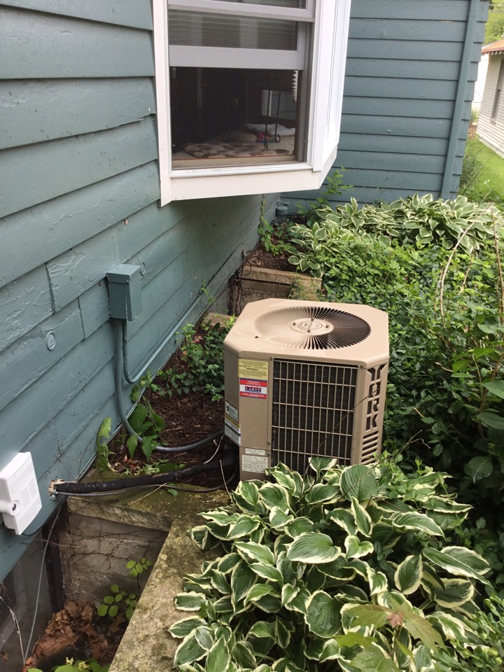 Bloomington, IL - Preventative maintenance on this older York AC has it exceeding it's expected lifespan.