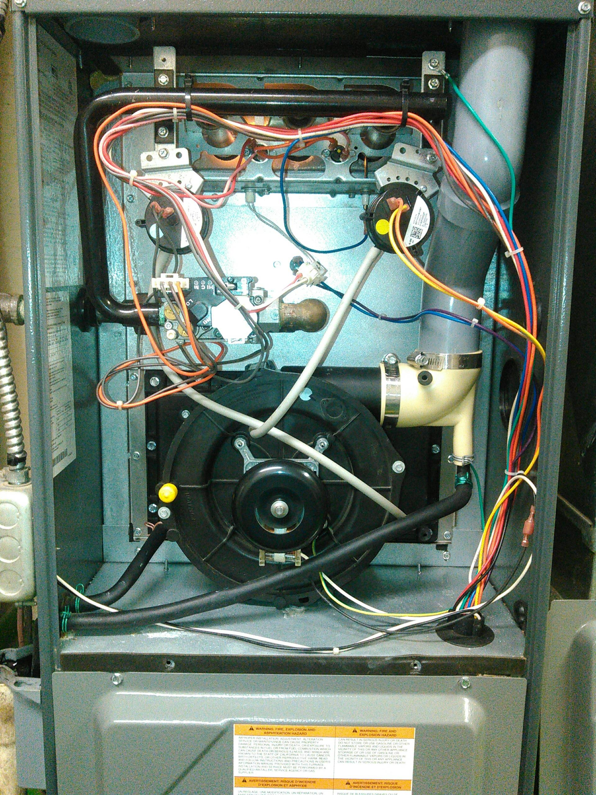 Carlock, IL - ANNUAL SERVICE ON AN AMANA FURNACE.