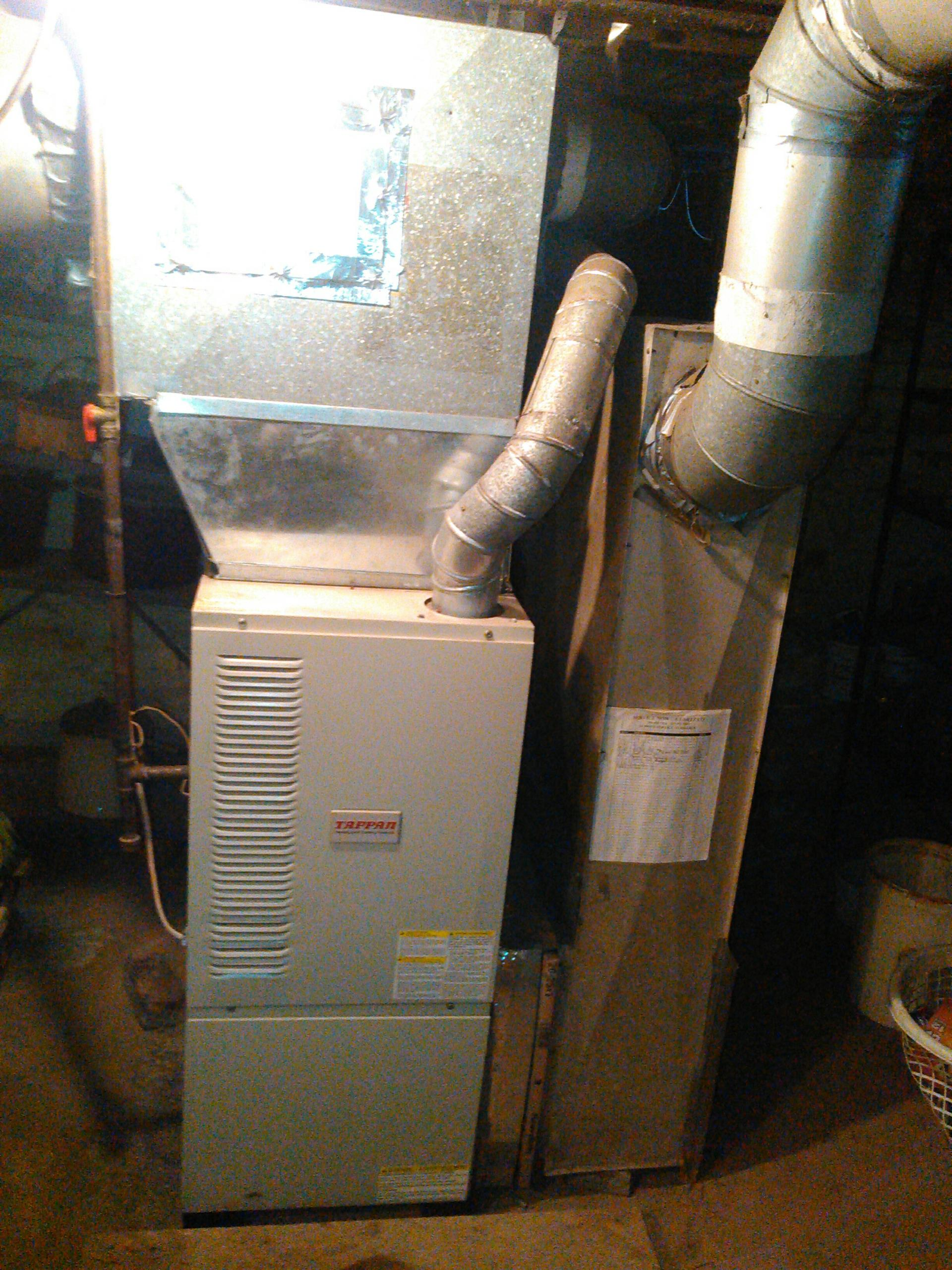 Congerville, IL - SERVICE ON A  TAPPAN FURNACE.