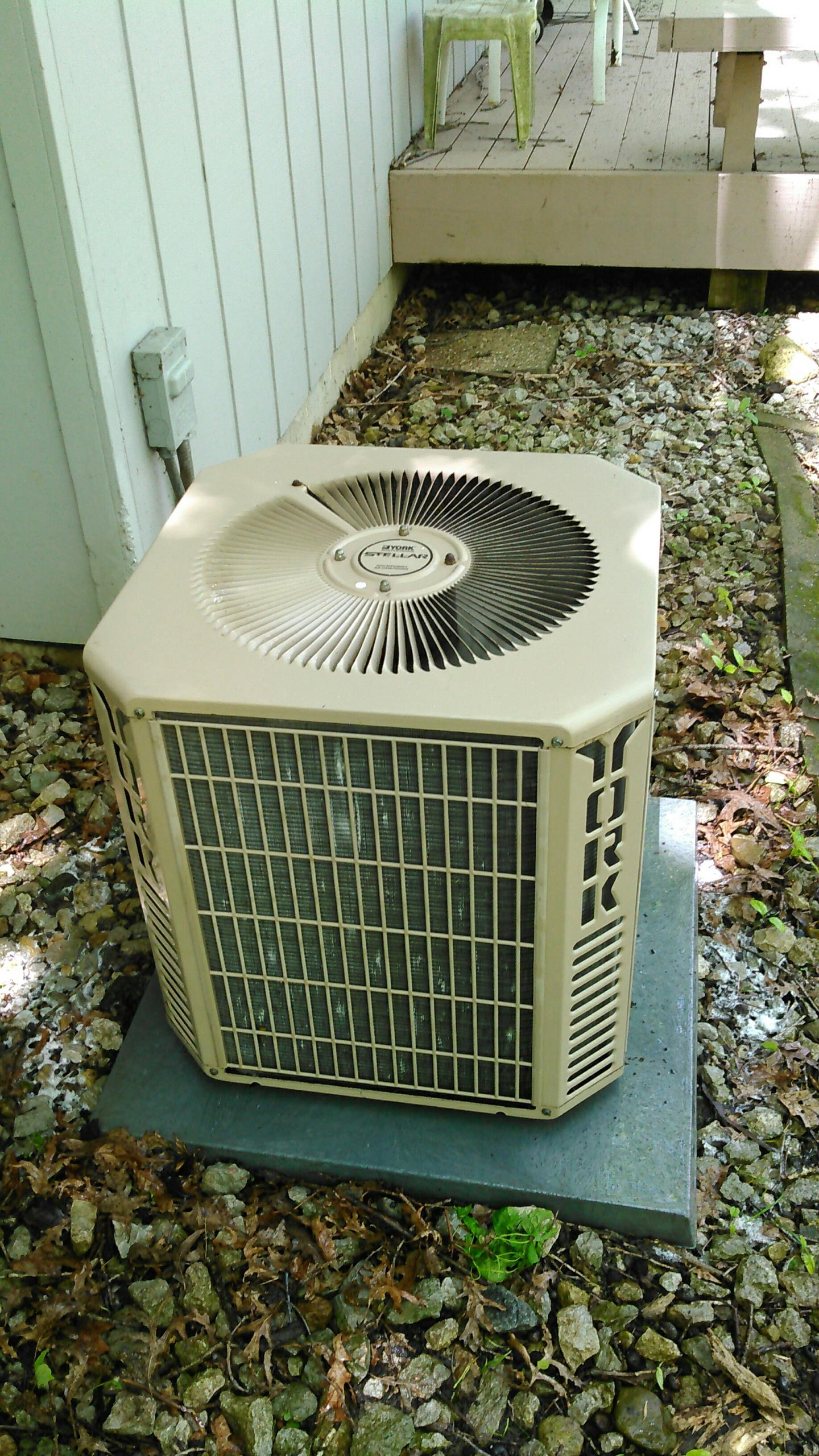 Lexington, IL - TUNE UP ON YORK AIR CONDITIONER
