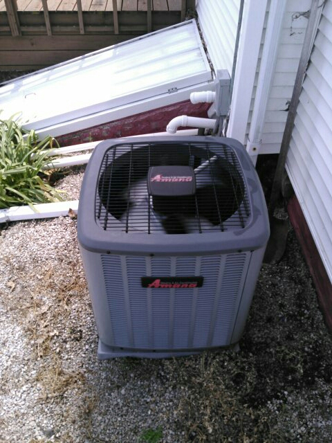 Stanford, IL - ANNUAL AC SERVICE TUNE UP ON A AMANA AC SYSTEM AND A ACID WASH ON THE OUTDOOR CONDENSER UNIT.