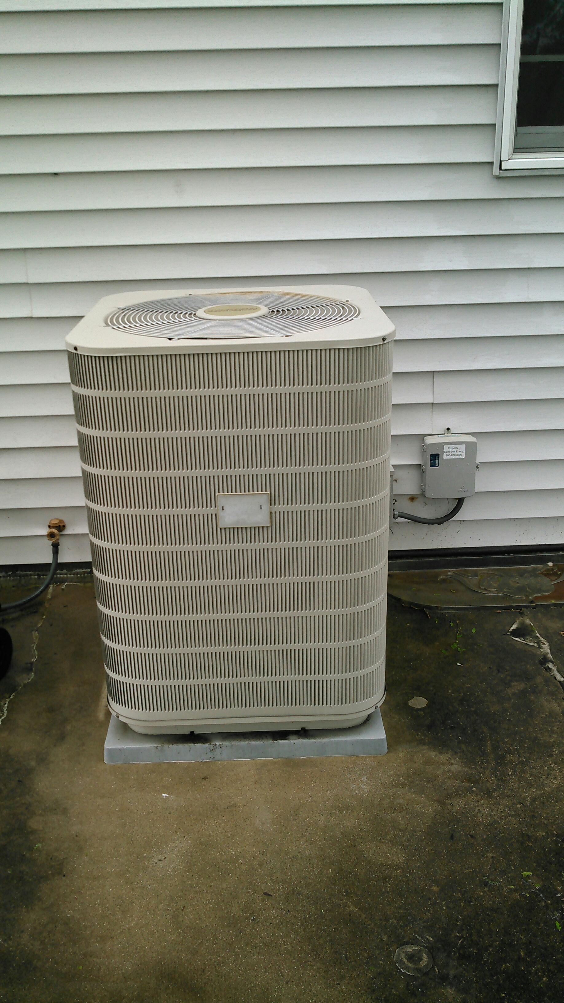 Champaign, IL - TUNE UP ON TAPPAN AIR CONDITIONER