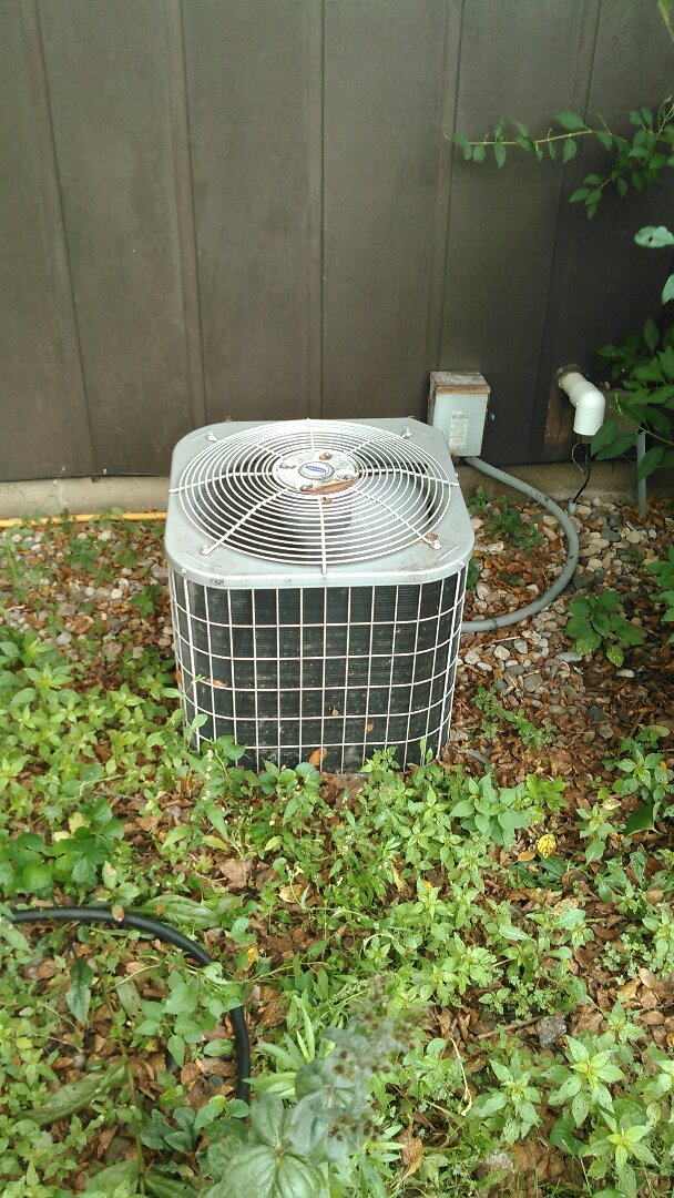 Colfax, IL - TUNE UP ON TAPPAN AIR CONDITIONER