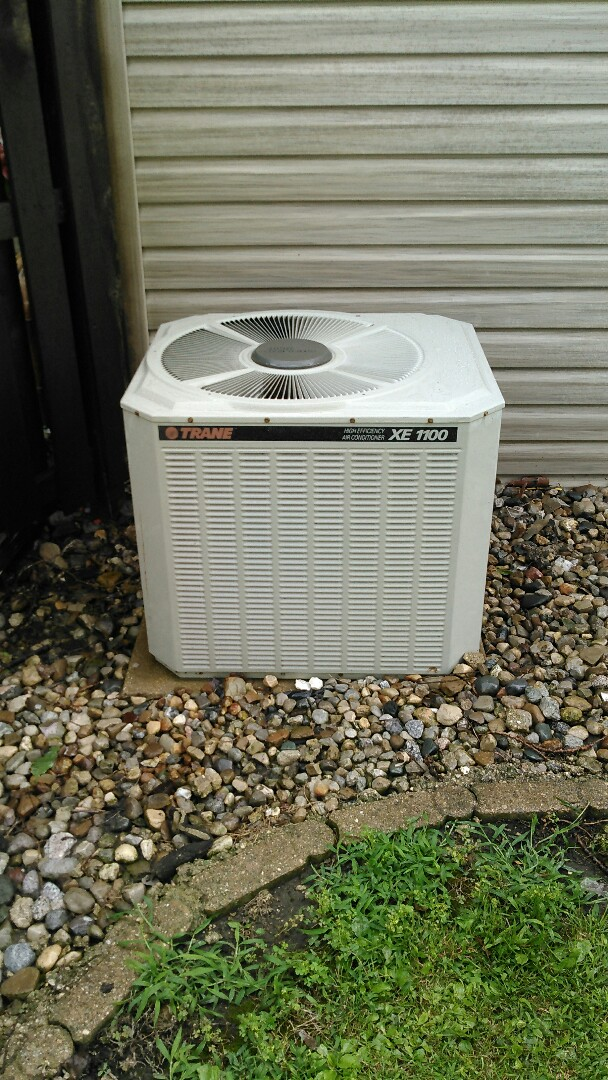 Lexington, IL - TUNE.UP ON.TRANE AIR CONDITIONER