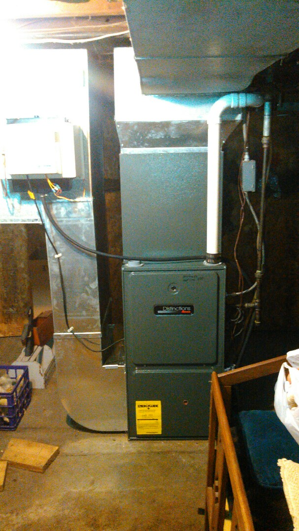 Lexington, IL - TUNE UP ON AMANA FURNACE