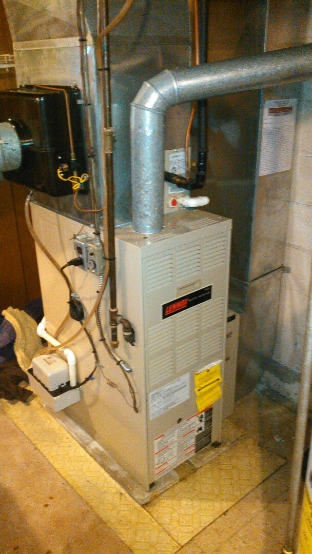 Bloomington, IL - TUNE UP ON LENNOX FURNACE