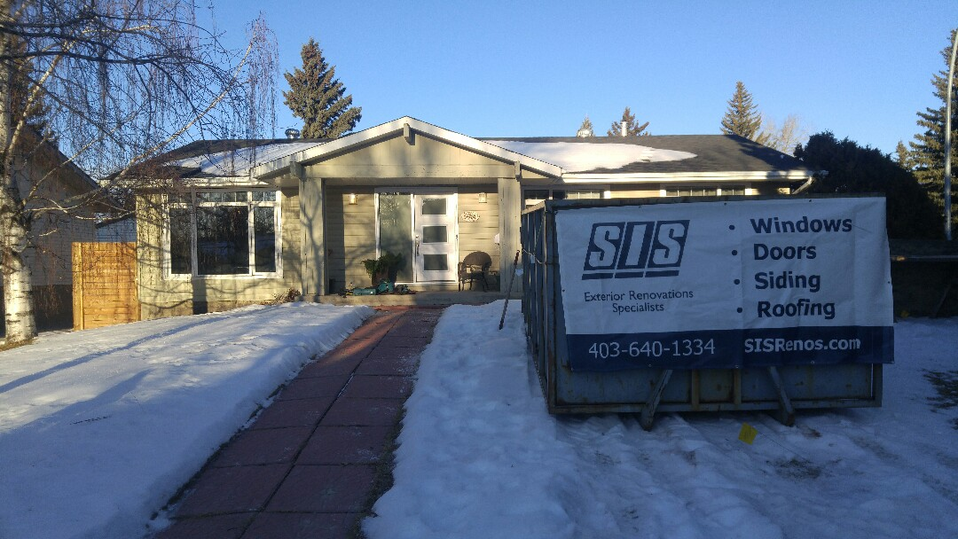 Calgary, AB - Dalhousie Starting a new project with James Hardie lap siding, straight shake, NT3 trim! Going to look amazing!