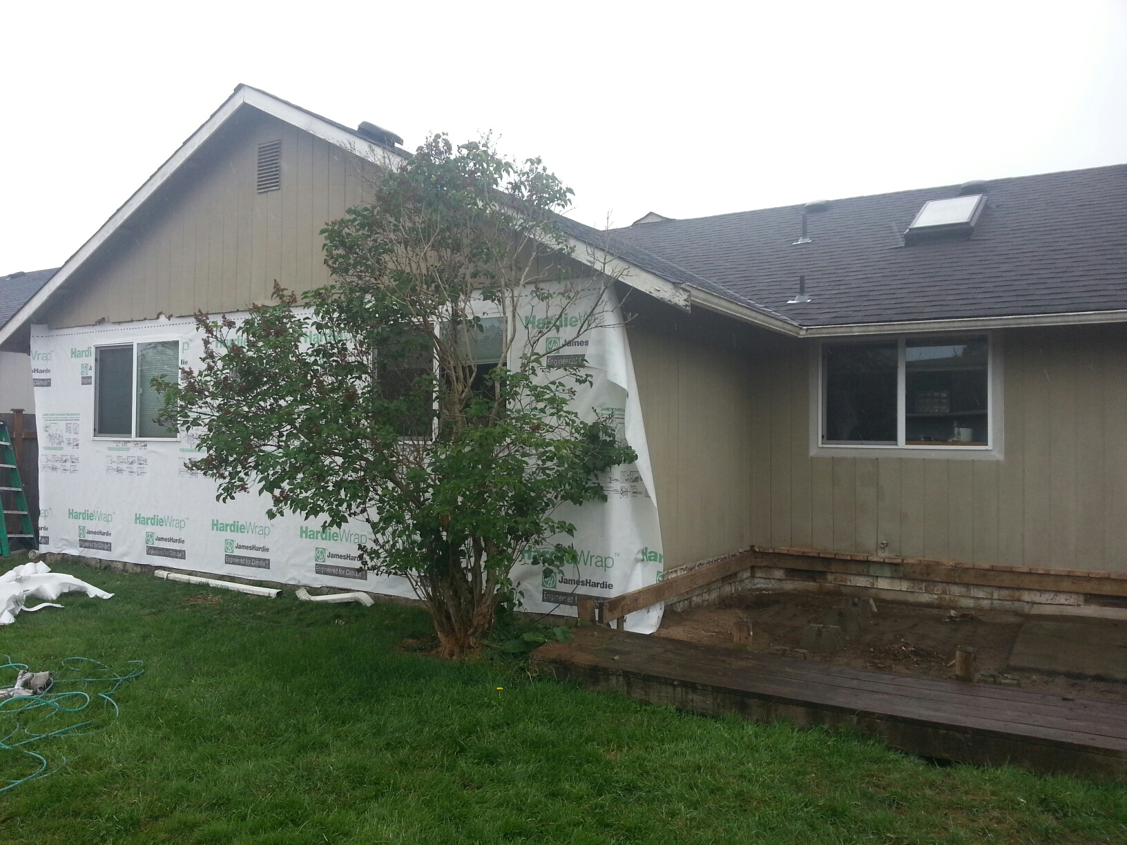 Marysville, WA - Replacement of LP siding with Hardie plank Color Plus siding.