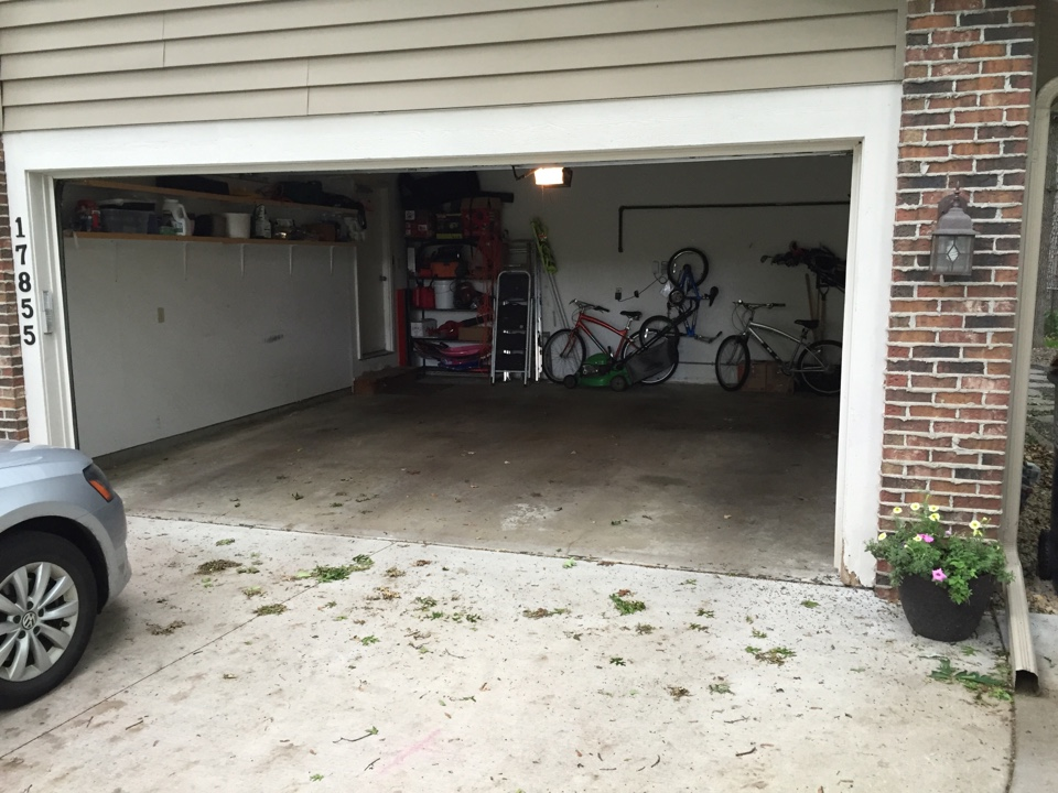 Lakeville, MN - Received a lesson in Pickleball while bidding the polyurea garage floor in Lakevilke MN.