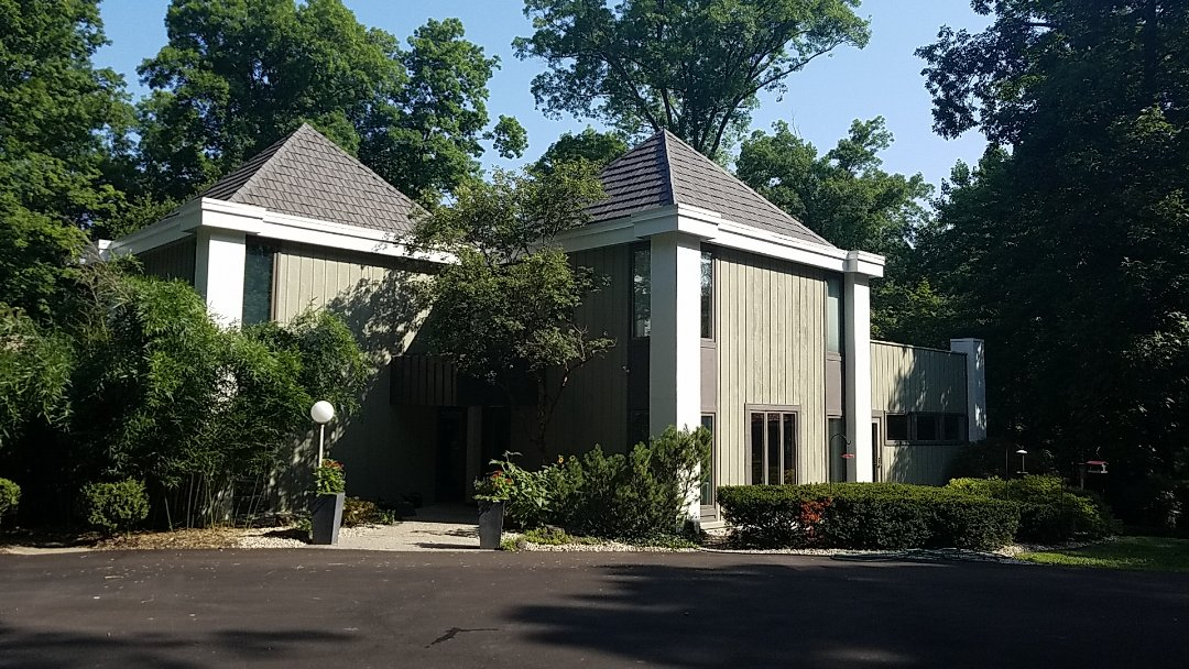 Indianapolis, IN - Replacing old rotten and warped siding with James Hardie Fiber Cement.