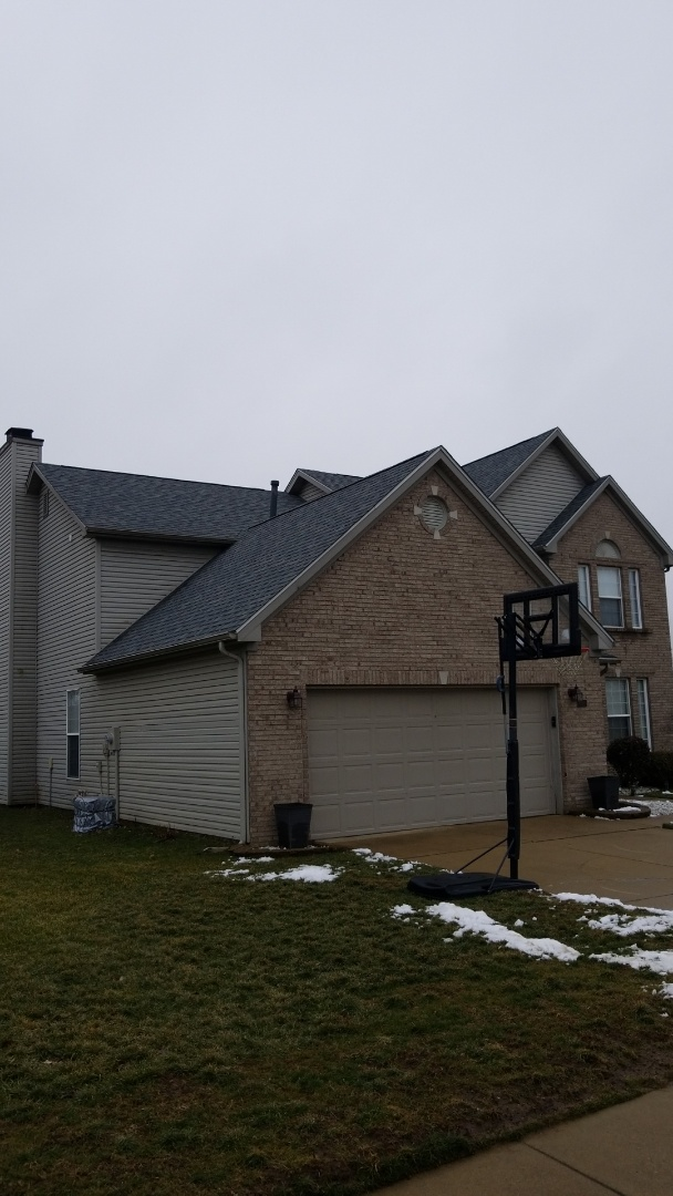 Greenwood, IN - Replace a leaking roof with Owens Corning shingles.