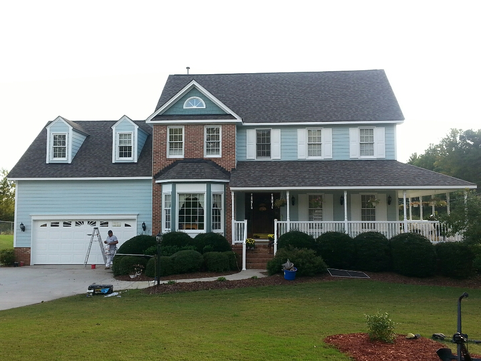 Hillsborough, NC - new roof, Hardi-plank siding, gutters & paint....spilman, inc.