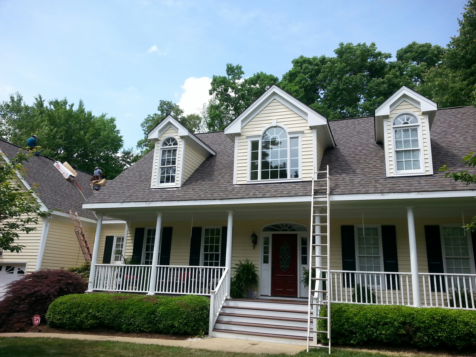Cary, NC - Finishing touches on fabulous new roof! Spilman does it again. ....lifetime warranty on Certainteed Landmark Lifetime architectural shingle roof in Cary, NC...near Raleigh, NC.