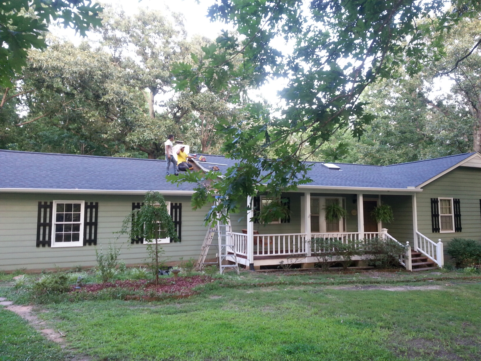 "Louisburg, NC - Another ""Fantastic Finish"" ; roof in Louisburg. ...Spilman inc has best pricing, Highest quality, best warranty in the industry;  & we have the customer base to back it up! In NC, if you want the best service, quality and price on your roof replacement call Spilman, inc and you will not be disappointed. ....Google Spilman inc in Wake Forest. ..."