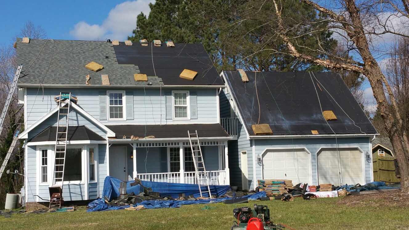Youngsville, NC - New CertainTeed Landmark Colonial Slate  roof, new smooth beaded harfi-plank siding(coming Soon), new paint and seamless aluminum guuters and downspouts, All by Spilman, inc. ROOFING PROS. We our proud to say last year(2015) was our best year for residential roofing replacements, and look to exceed performance in 2016! Call 919.510.0280 or click www.spilmaninc.com, OR look us up on Angieslist, Google or HomeAdvisor....for Your FREE QUOTE today.