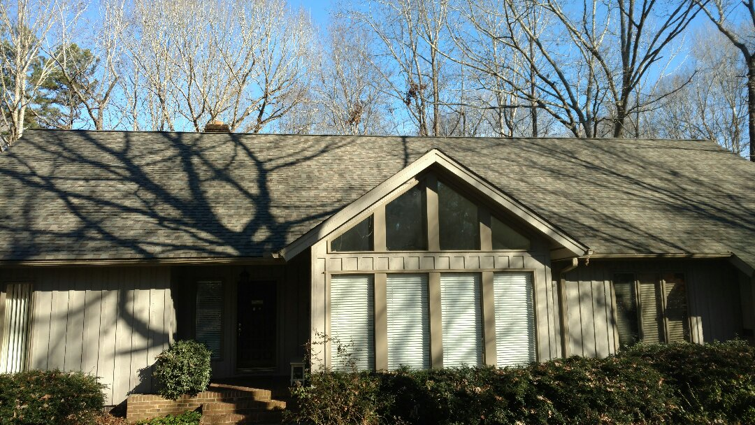 This roof was installed by Spilman and associates in 2014 and looks Fantastic, still....This home located in Stonebridge subdivision of North Raleigh, is going to be sold, And the new owners will Still be covered by Certainteed's transferable Lifetime Warranty, Amazing as it may sound, it's True. Call or click Today!!! (919)510-0280 www.spilmaninc.com