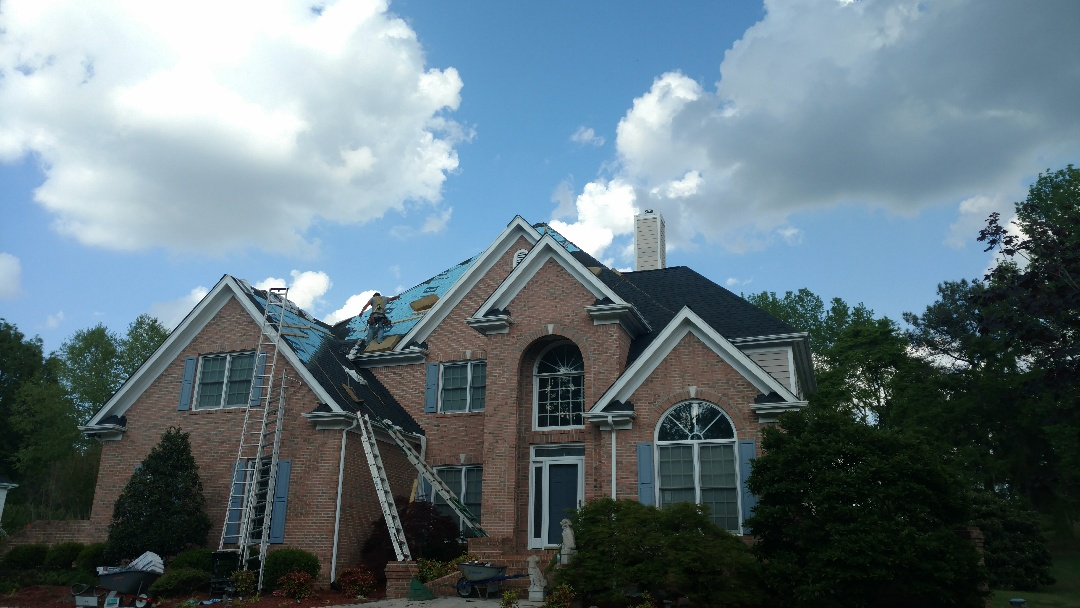 Wake Forest, NC - Just a Beautiful GAF HD ULTRA Roof replacement in Wake Forest, NC....Spilman,Inc. has whatever roof you may be looking for....This roof is almost finished, check back for future pics. (919)510-0280 www.spilmaninc.com