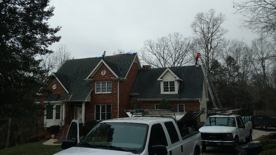 Starting a Roof Replacement in Wake Forest, NC....for another Great customer who came via referral....Griffin Ford in Louisburg owners & family members have chosen Spilman,inc. for Roofing work for over a decade now!! We know our business, and have the customer base to prove it. These folks chose Weathered Wood architectural shingles from Certainteed (Landmark). Finnish pics to follow... www.spilmaninc.com (919)510-0280 Photo is BEFORE New Roof!!