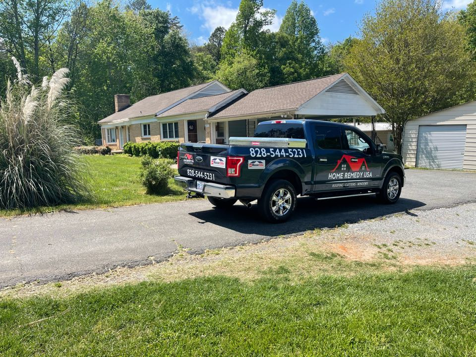 Lincolnton, NC - New Seamless Guttering in Lincolnton , NC