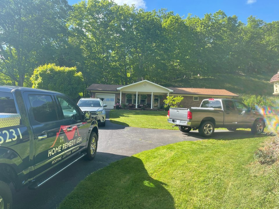 Lansing, NC - Time for a new 50 Yr Architectural roof along with new gutters and gutter guards in Lansing , NC!!