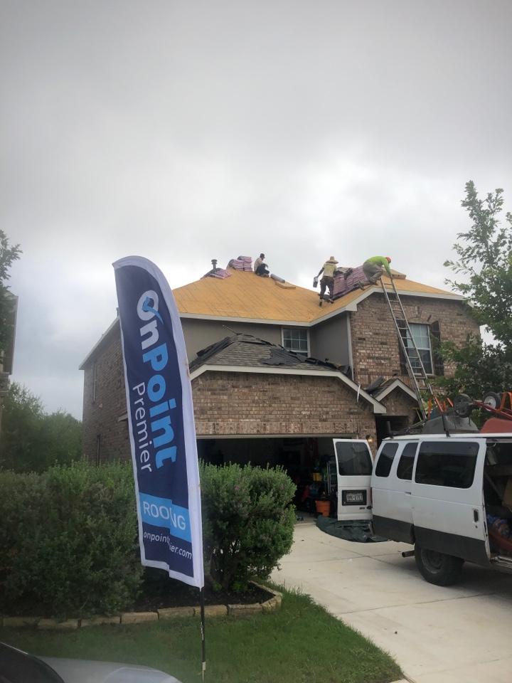 San Antonio, TX - Reroof on this house, due to hail damage! Insurance restoration!