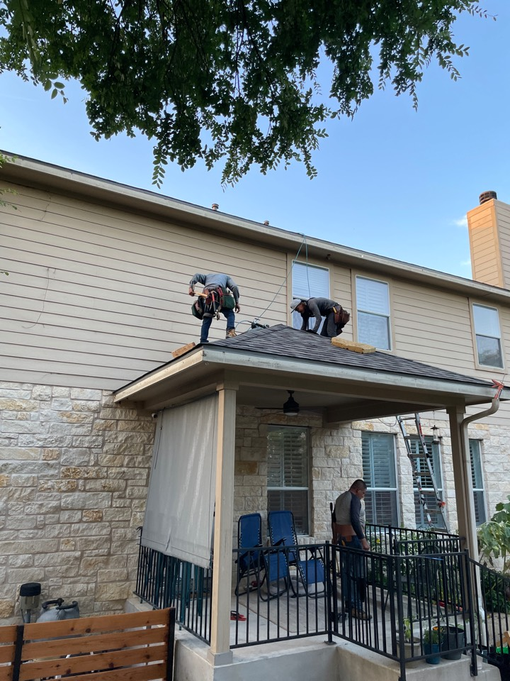 Cedar Park, TX - Full roof replacement following hail storm damage.  Insurance claim after OnPoint Premier roof inspection. Owens Corning Duration Driftwood.