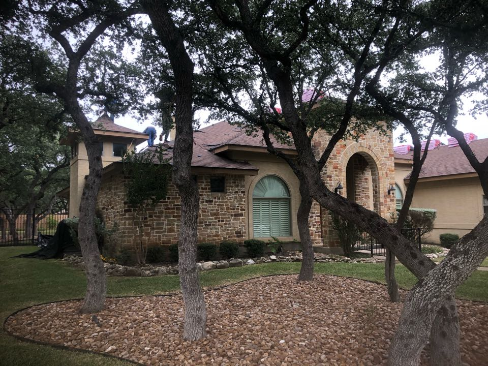 """Garden Ridge, TX - Insurance approved for a reroof, out here in Garden Ridge, Tx. Hail damage found. Get your roof inspected, at """"NO COST!!!!"""""""