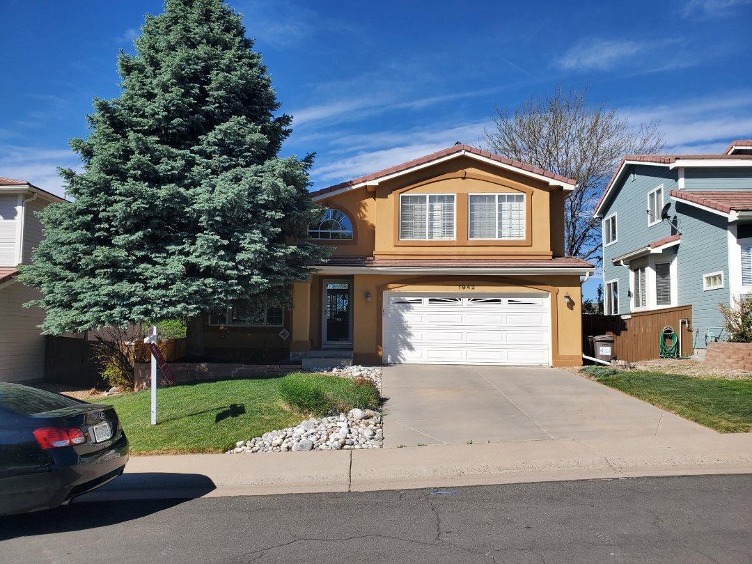 Littleton, CO - We are bidding a repair and a full roof replacement for this house in Littleton that has a concrete tile roof on it
