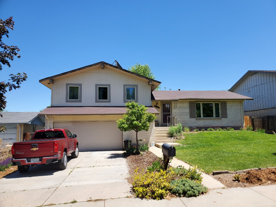 Littleton, CO - We are bidding on a full roof replacement for this house in Aurora that has two layers and has been on the house for 27 years. It's time for a new roof!