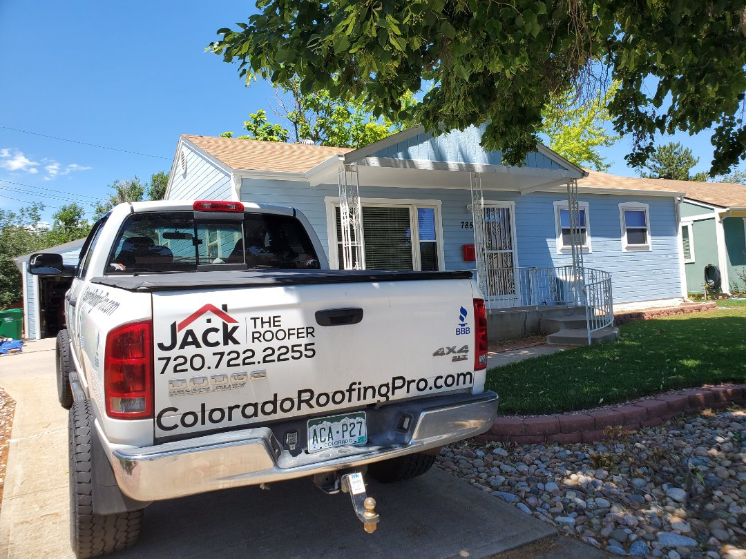Aurora, CO - We are doing a roof inspection for a full roof replacement in Aurora and checking for hail damage