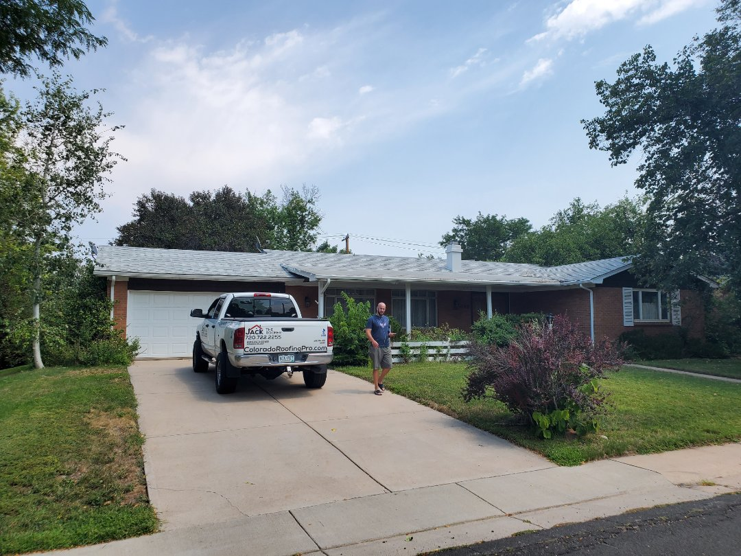 Centennial, CO - We are doing a roof inspection in Littleton for an old t lock roof that has not been replaced in over 20 years. It has some hail damage and is leaking in various places.