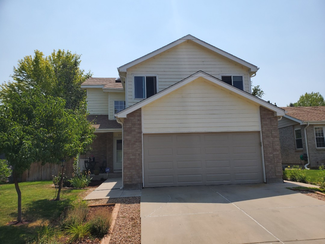 Littleton, CO - We are looking at this home in Broomfield for possible new gutters.