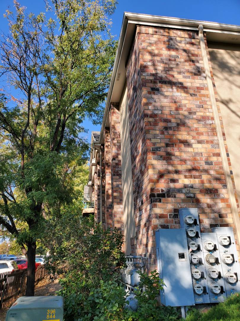 Littleton, CO - We are doing a bid for gutter cleaning on this apartment complex in Littleton