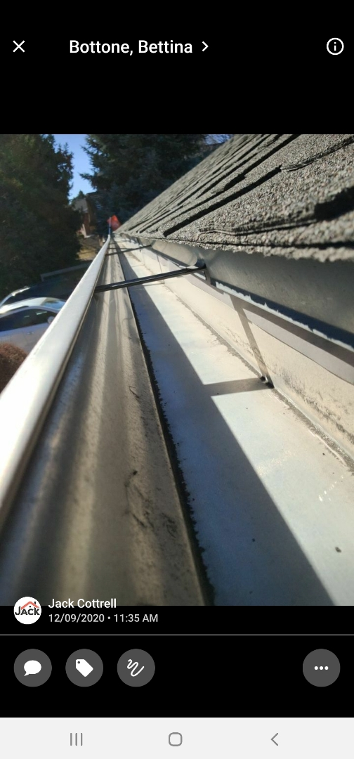 Centennial, CO - We are doing a gutter cleaning for this house in Centennial