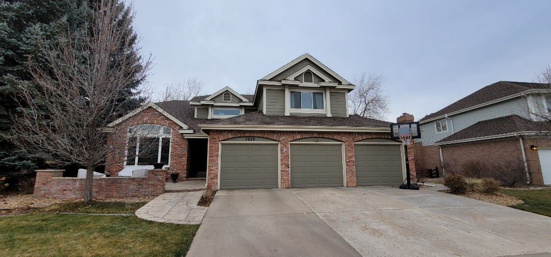 Centennial, CO - We are doing a roof leak inspection for this house in Centennial