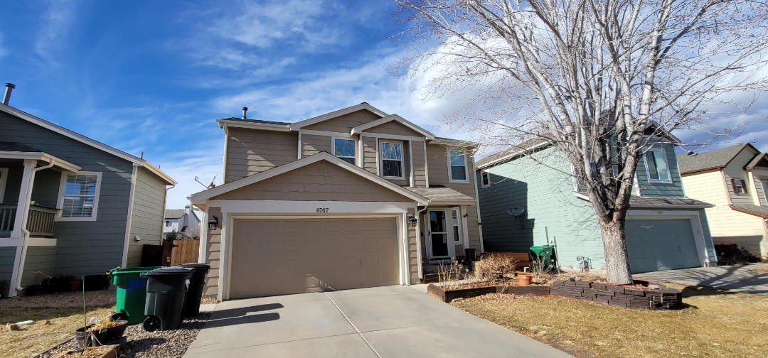 Parker, CO - We are doing a roof inspection for this house in Parker to see if it has impact resistant shingles
