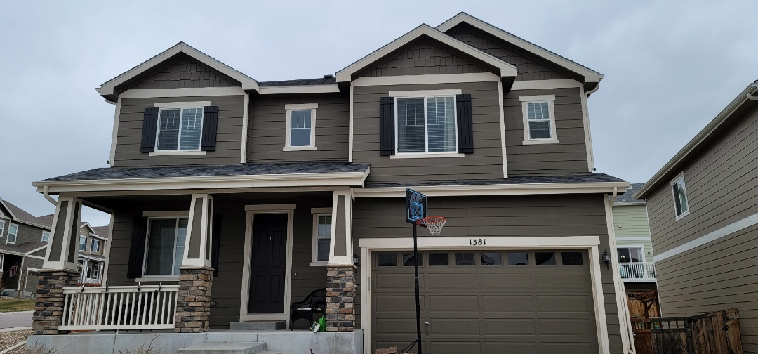 Castle Rock, CO - We are doing a roof inspection for this house in Castle Rock that is going to be on the market in the next month or so. Roof is in good shape with no hail damage or wind damage. We will also do a roof certification for this house