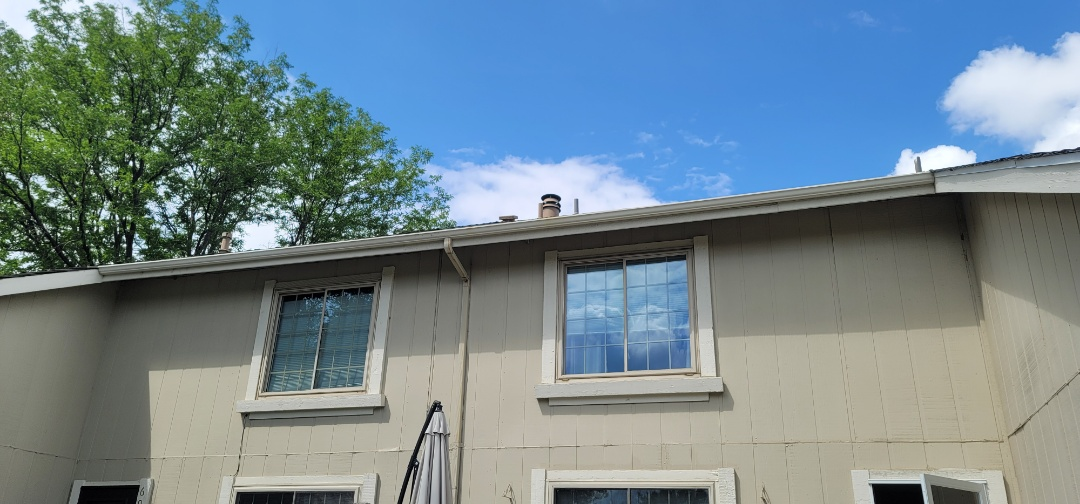 Centennial, CO - We are doing a gutter inspection for this multi-unit condo in Centennial that needs new gutters and new downspouts