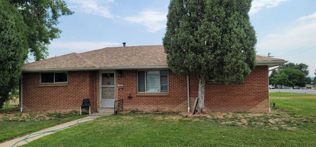 Denver, CO - We are doing a roof inspection and looking to install gutter screens on this house in Denver