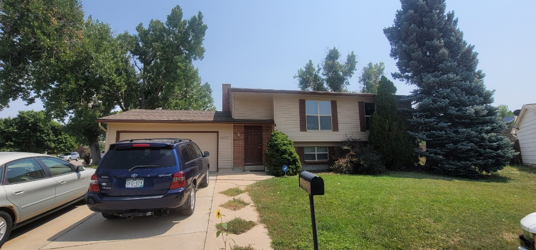 Aurora, CO - We are doing a roof inspection for a full roof replacement for this house in Aurora