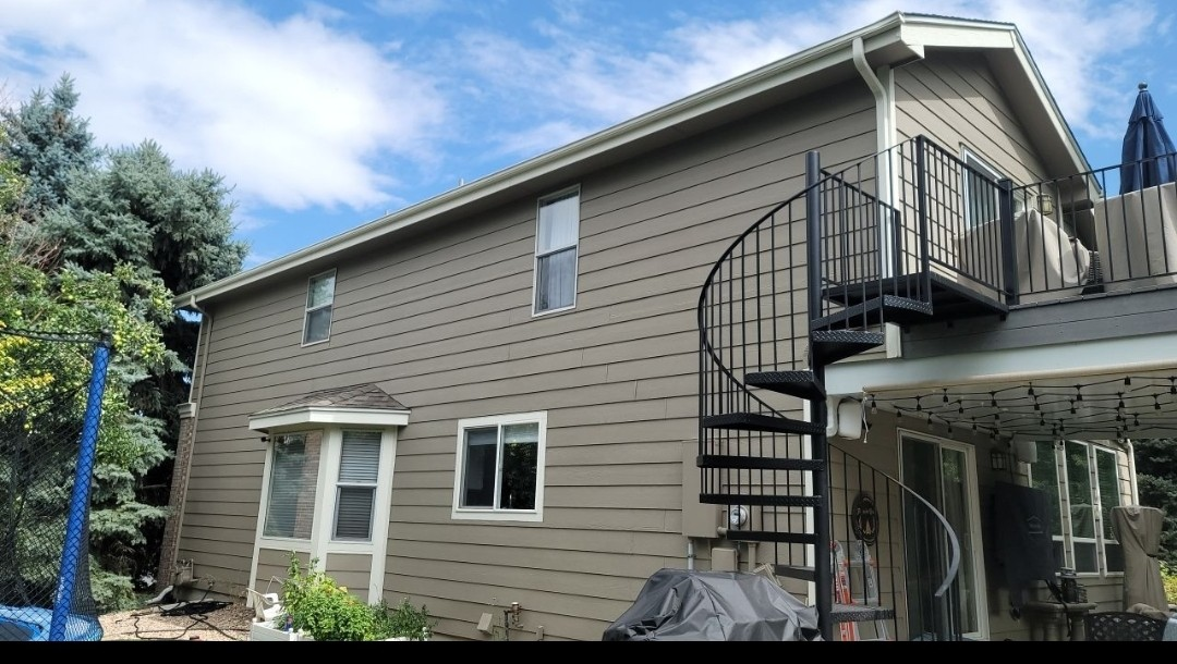 Littleton, CO - We are doing a gutter inspection for a gutter replacement for this house in Lone Tree