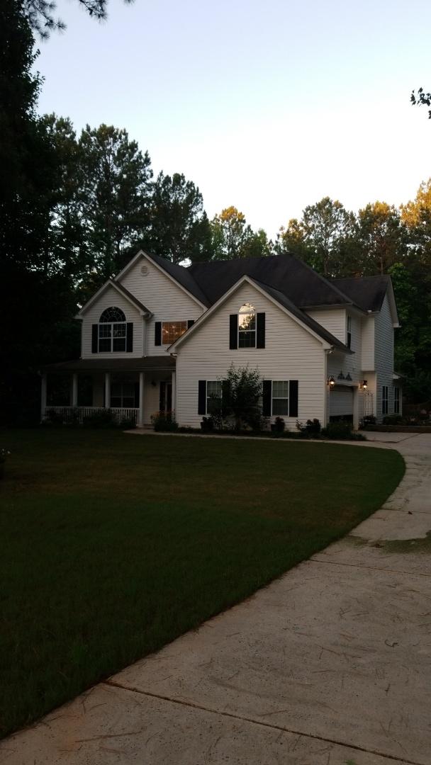 Senoia, GA - Installing a new roof