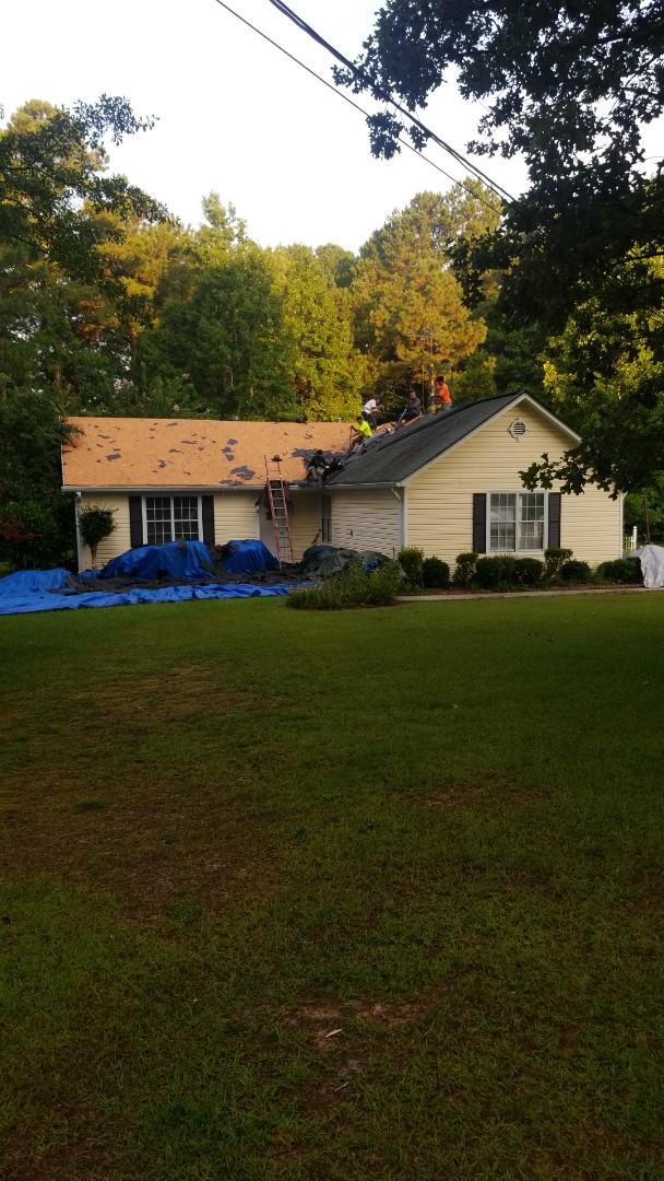 Sharpsburg, GA - Installing a new GAF Hunter Green roof this morning