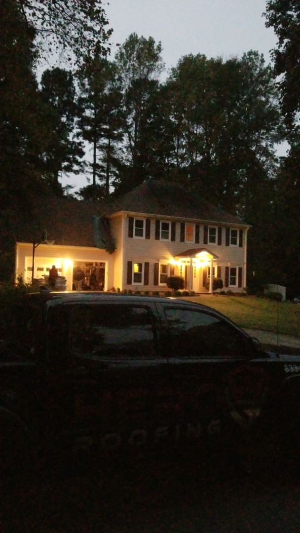 Peachtree City, GA - Installing a brand new GAF Timberline HDZ Barkwood roof this morning