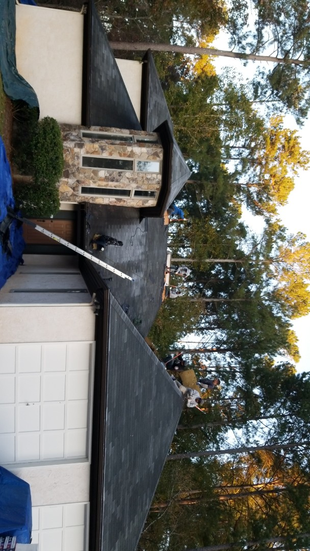 Peachtree City, GA - Installing a brand new GAF Timberline HDZ Charcoal roof this morning
