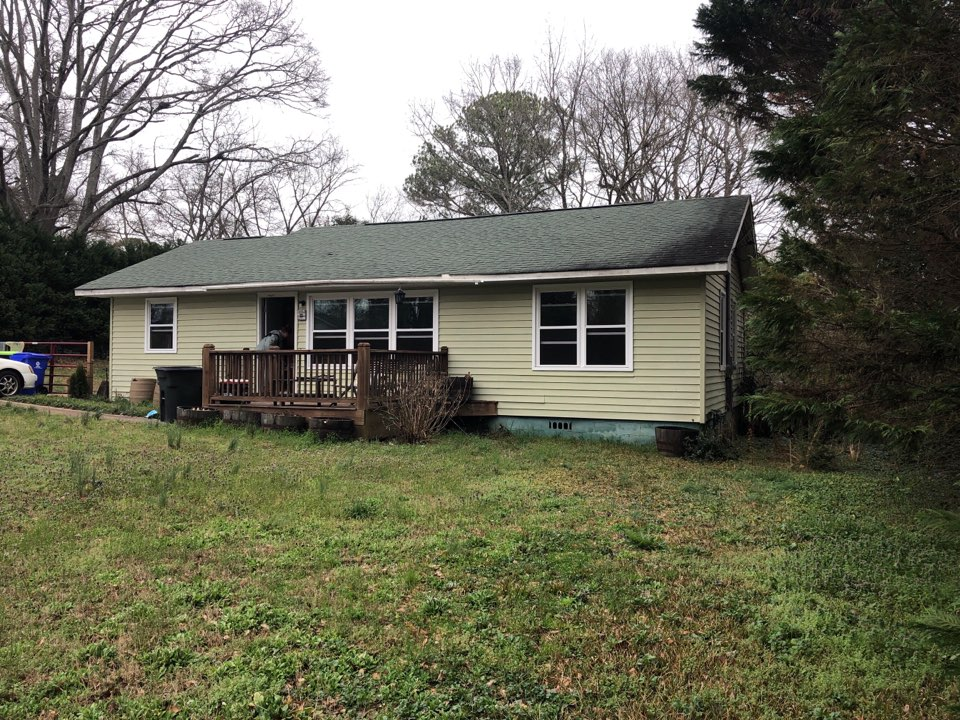 Newnan, GA - Siding gutters and roof replacement estimate