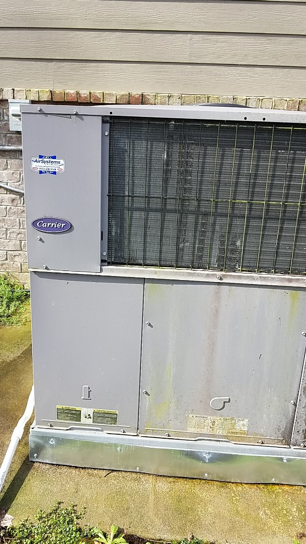 Harrison, TN - Service call. Performed repair on Carrier heat pump